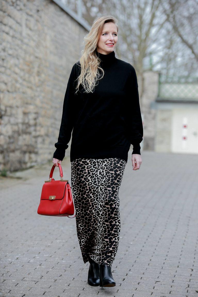 Red Bag│Leo Maxi Skirt