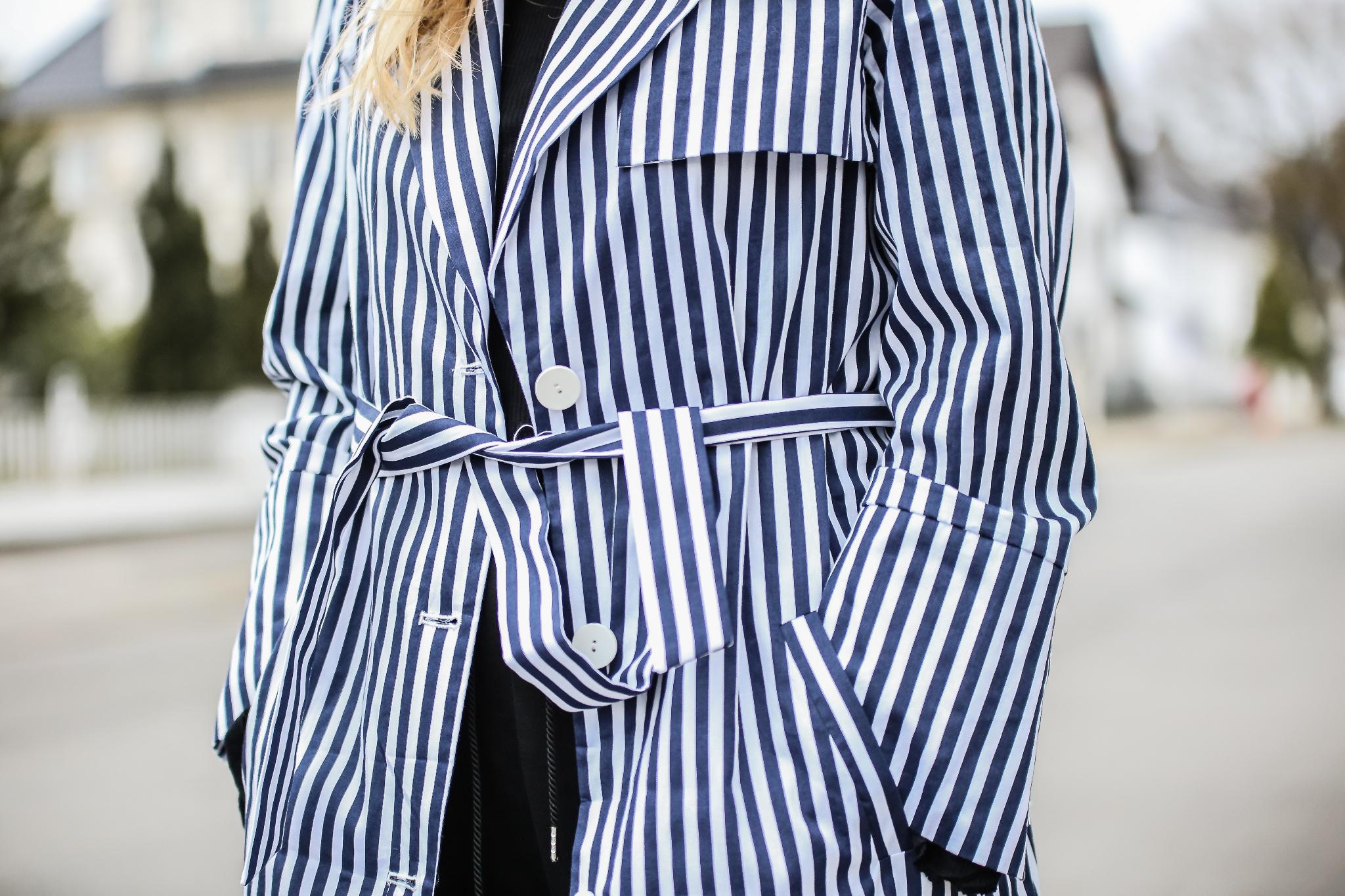 MOD-by-Monique-Fashion-Looks-Striped-Coat-Big-Volants-22