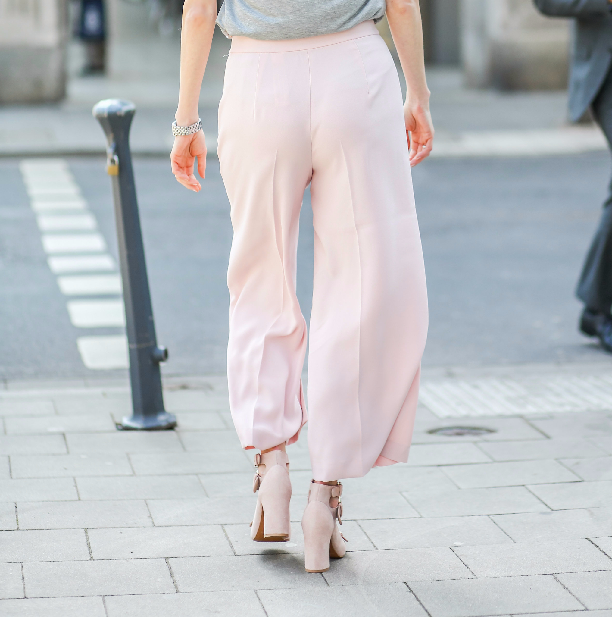 MOD-by-Monique-Fashion-Looks-A-touch-of-pink-8-1