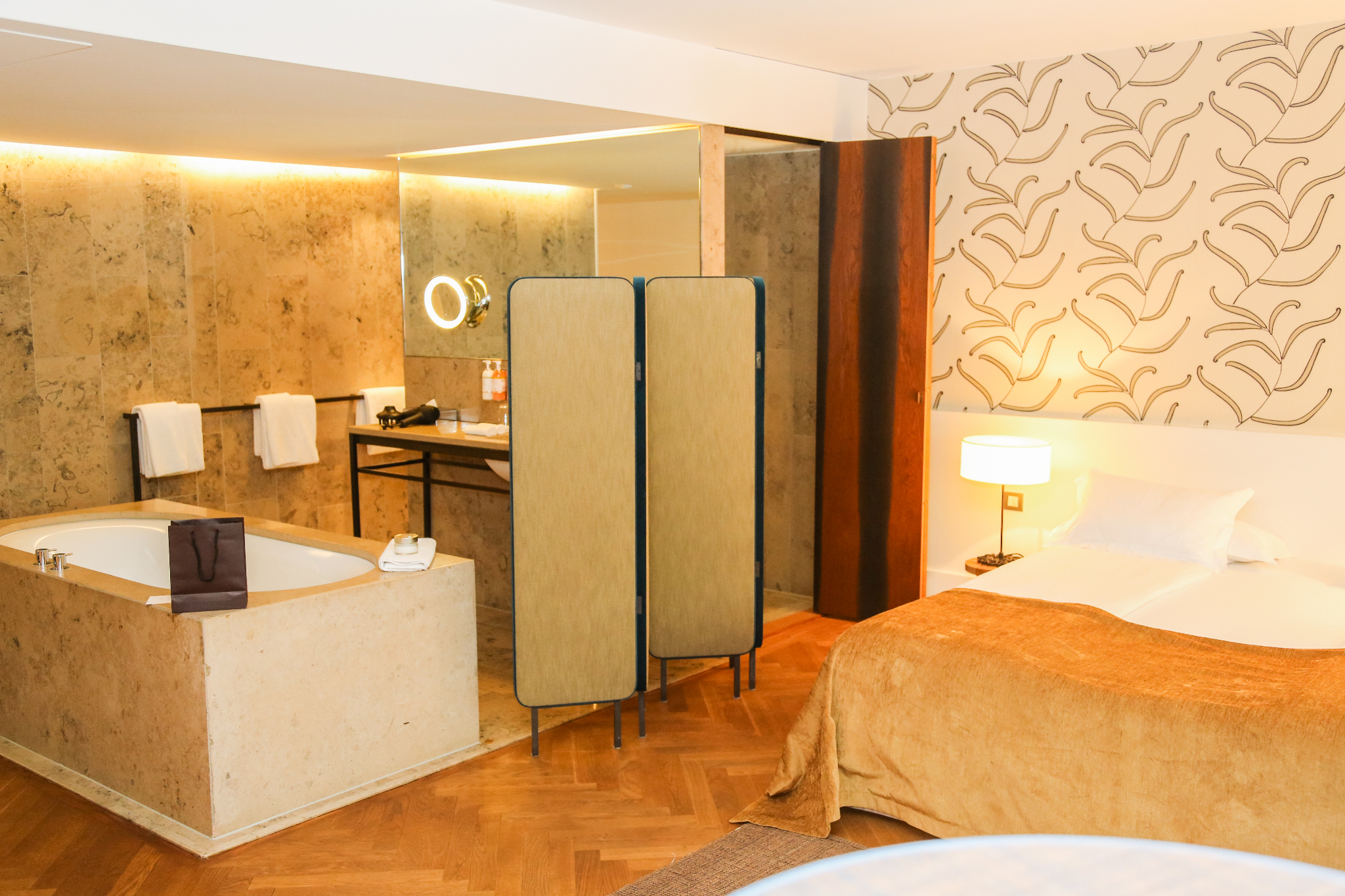 MOD-by-Monique-Lifestyle-Travel-Cortiina-Hotel-Munich-3