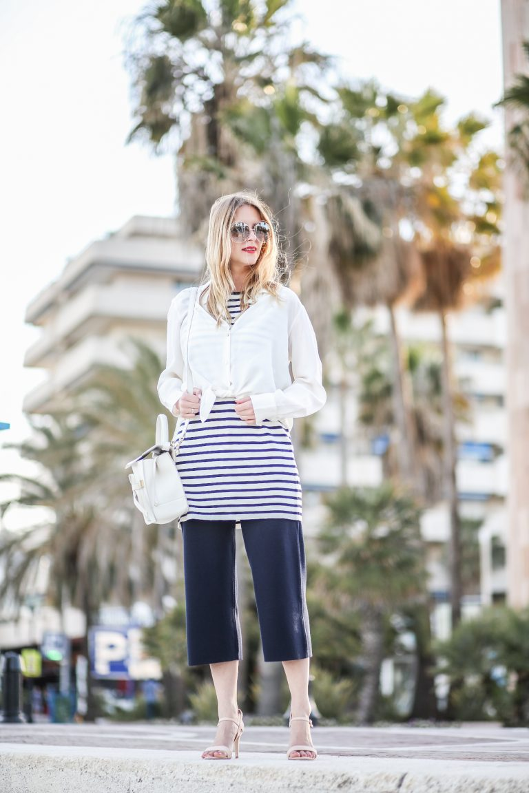 Navy Allude Style