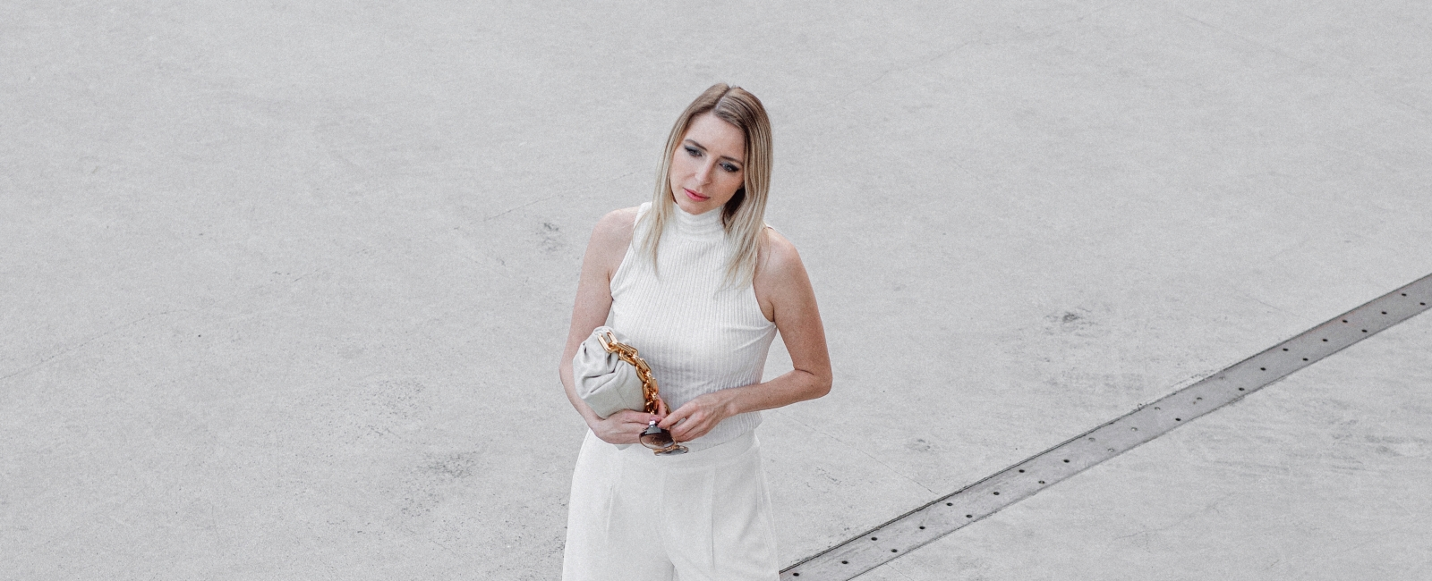 MOD-by-Monique-Fashion-Looks-Monochrome-All-White-Bottega-Veneta