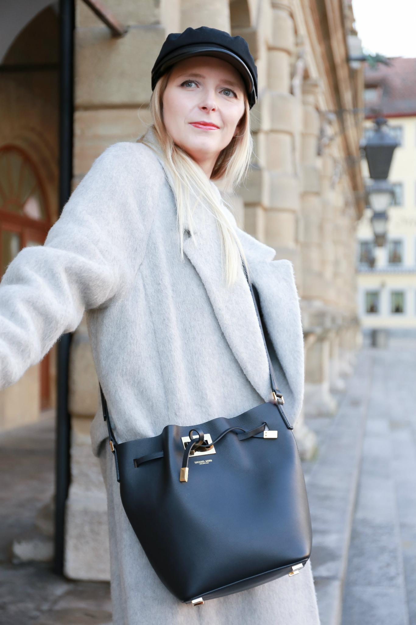 Fashion_Outfit_Michael_Kors_Bucket_Bag-10