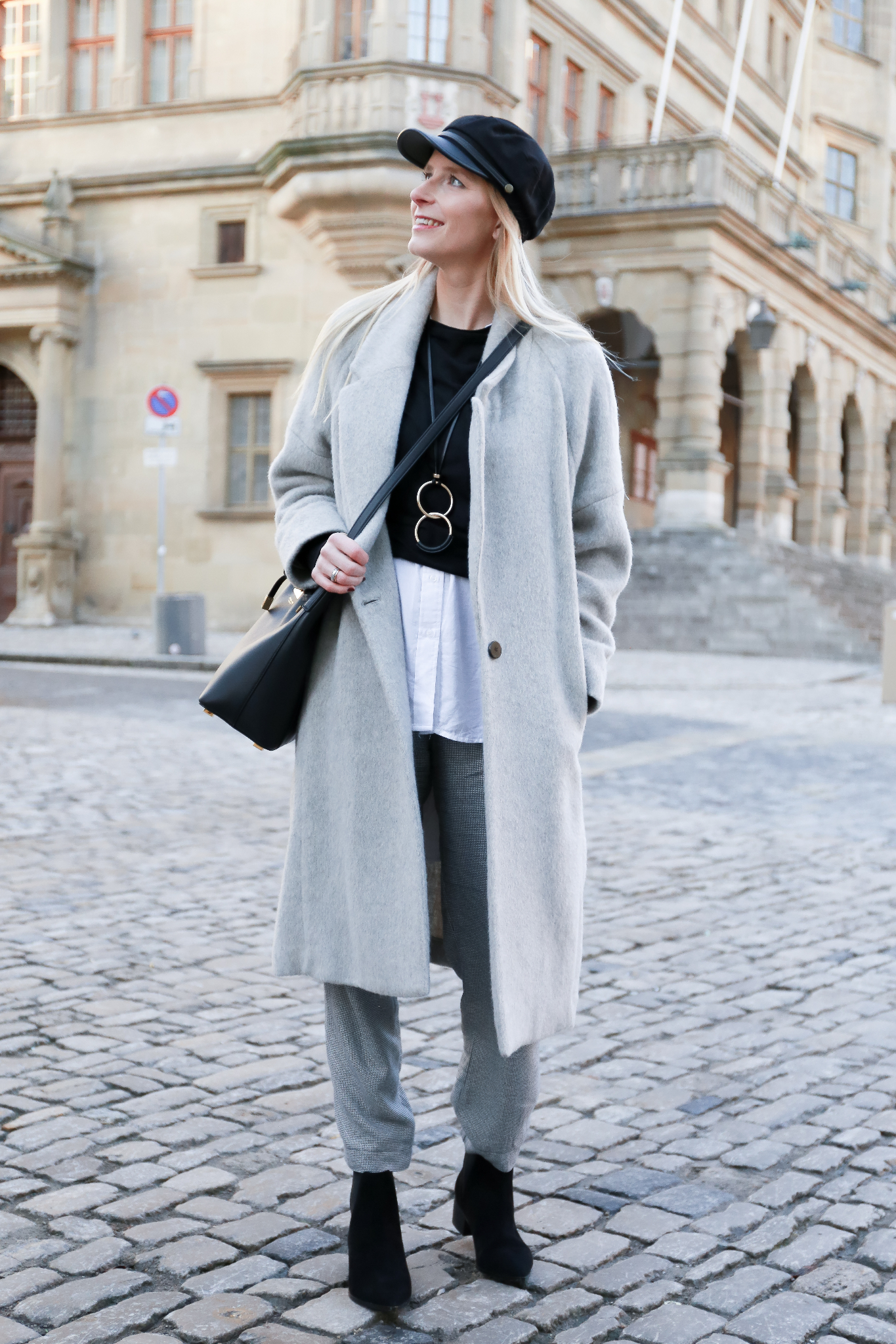 Fashion_Outfit_Michael_Kors_Bucket_Bag-16