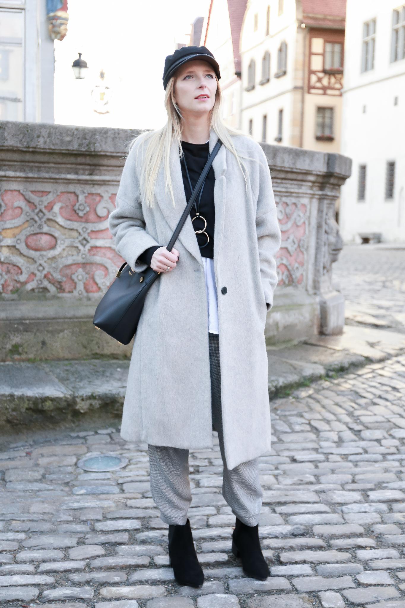 Fashion_Outfit_Michael_Kors_Bucket_Bag-17