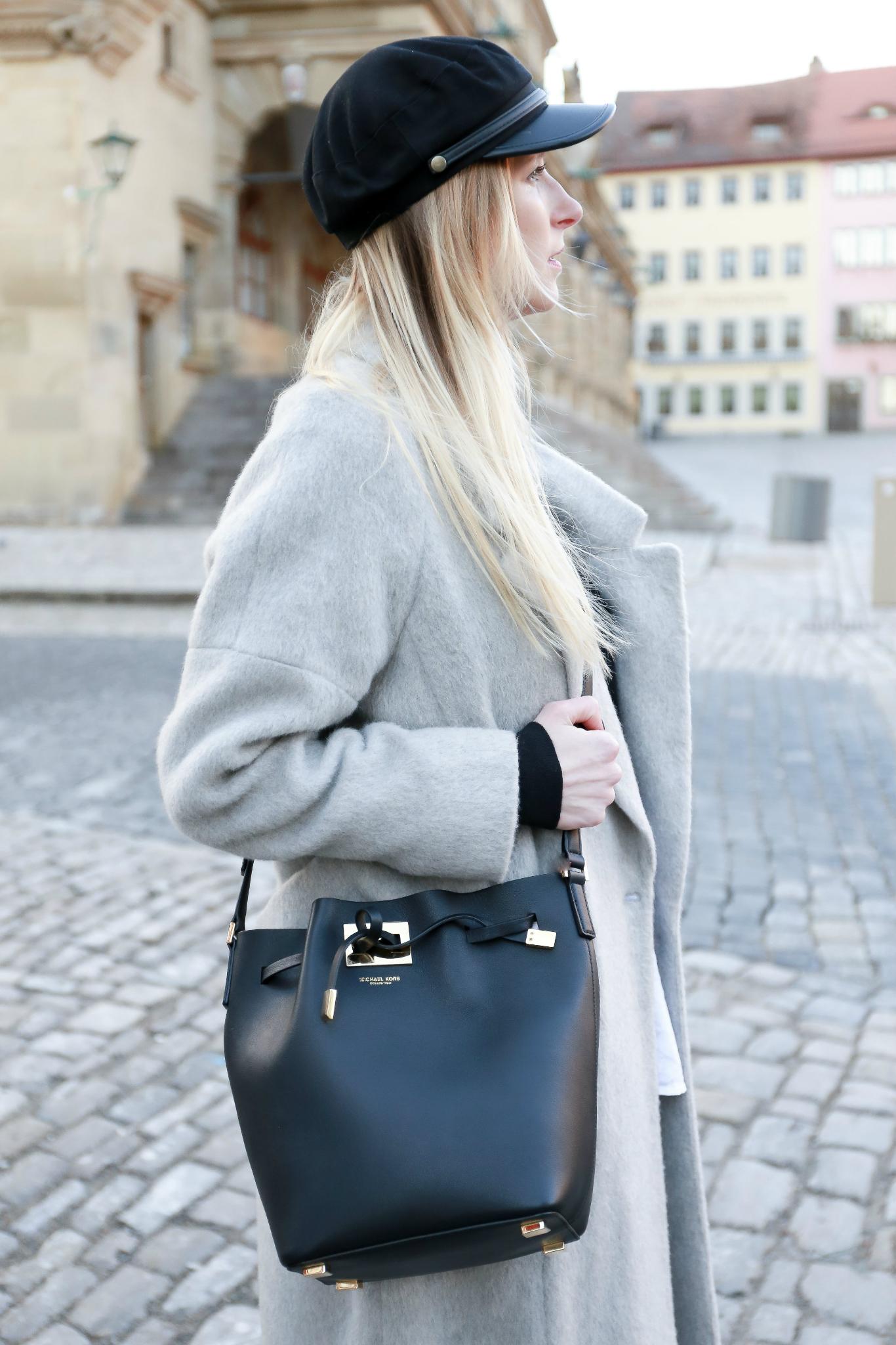 Fashion_Outfit_Michael_Kors_Bucket_Bag-18