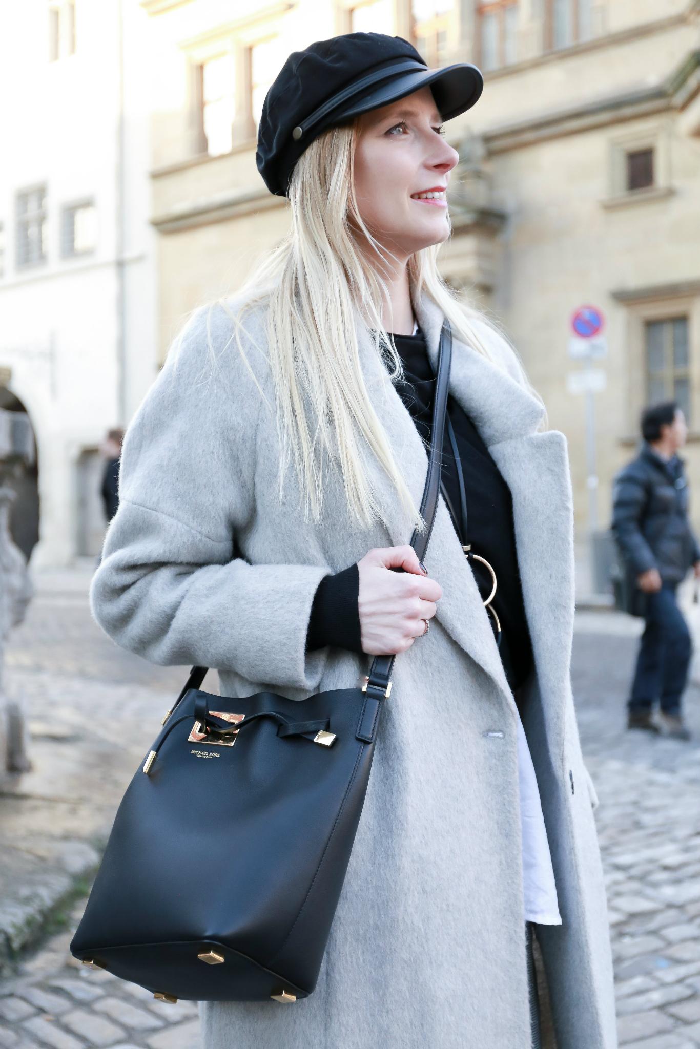 Fashion_Outfit_Michael_Kors_Bucket_Bag-19