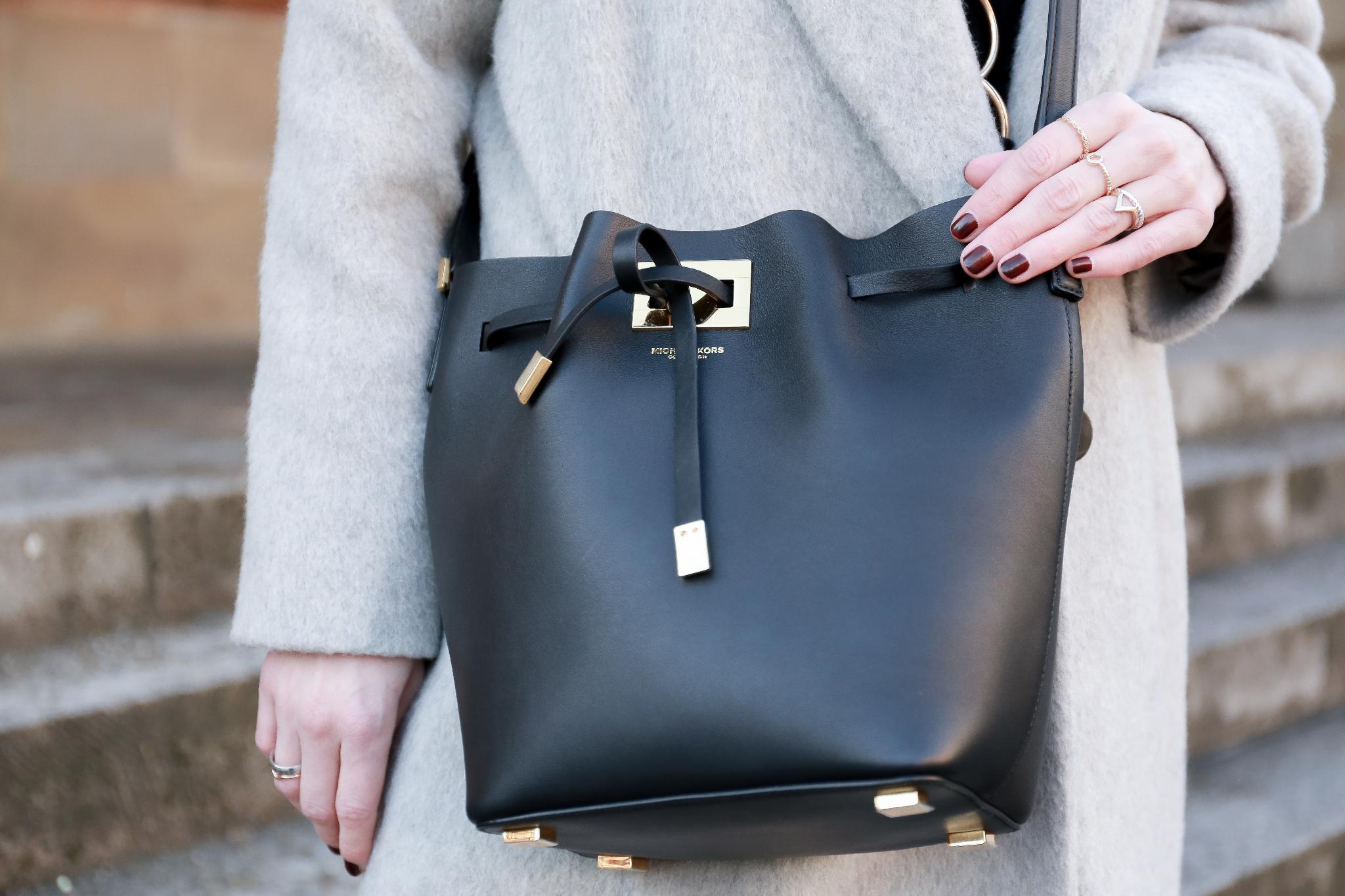 Fashion_Outfit_Michael_Kors_Bucket_Bag-6