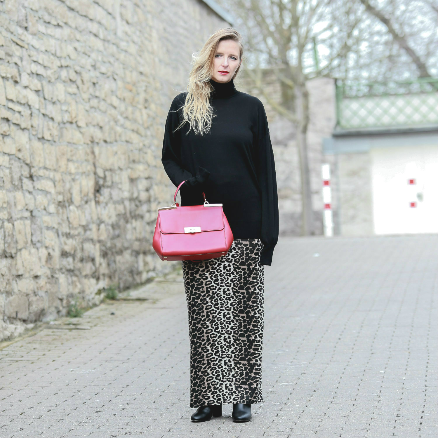 Fashion_Outfit_Red_Leo_Maxiskirt-11