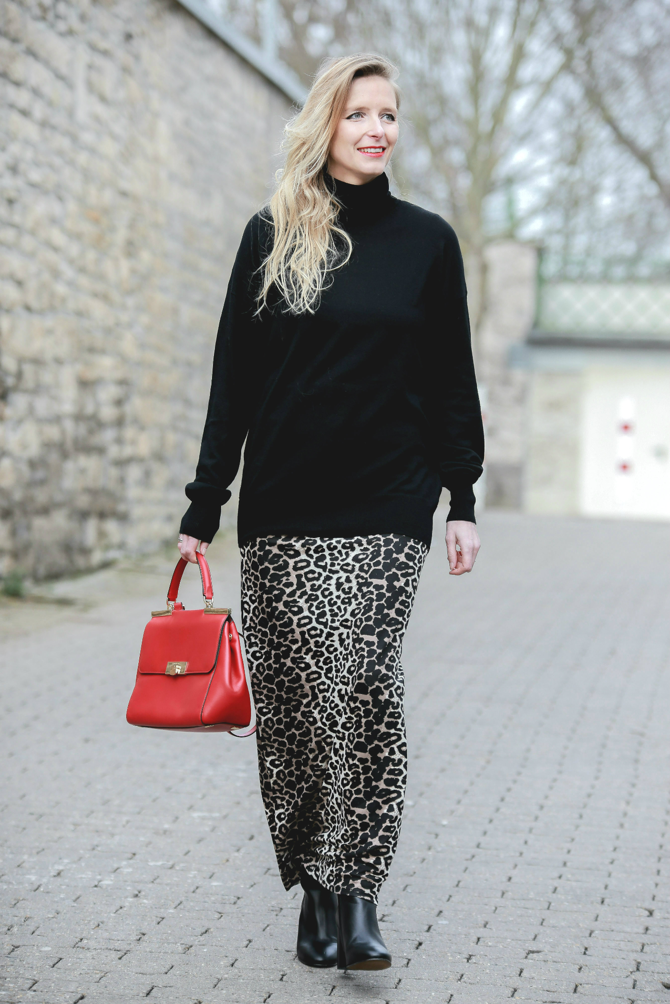 Fashion_Outfit_Red_Leo_Maxiskirt-15