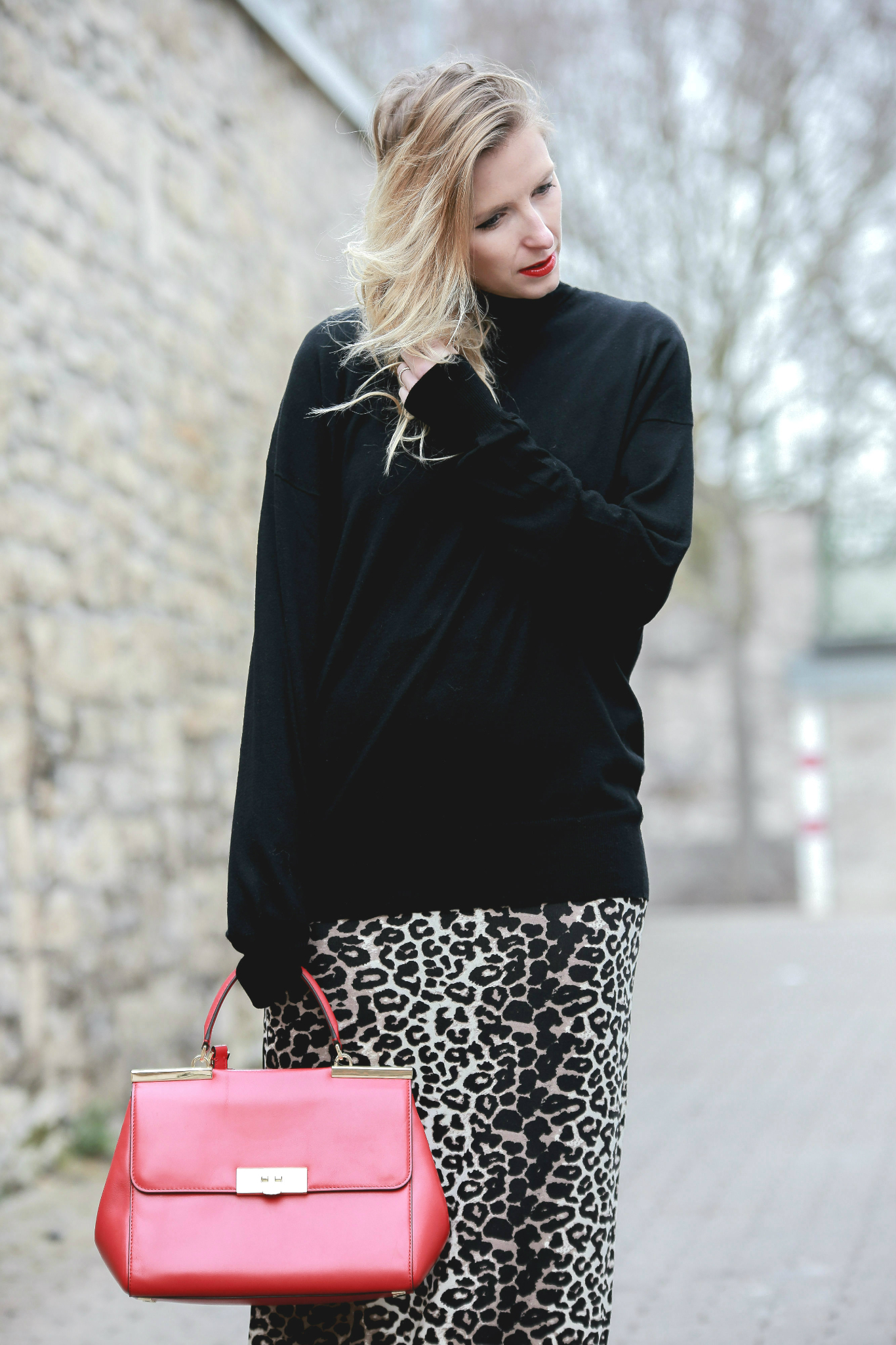 Fashion_Outfit_Red_Leo_Maxiskirt-3