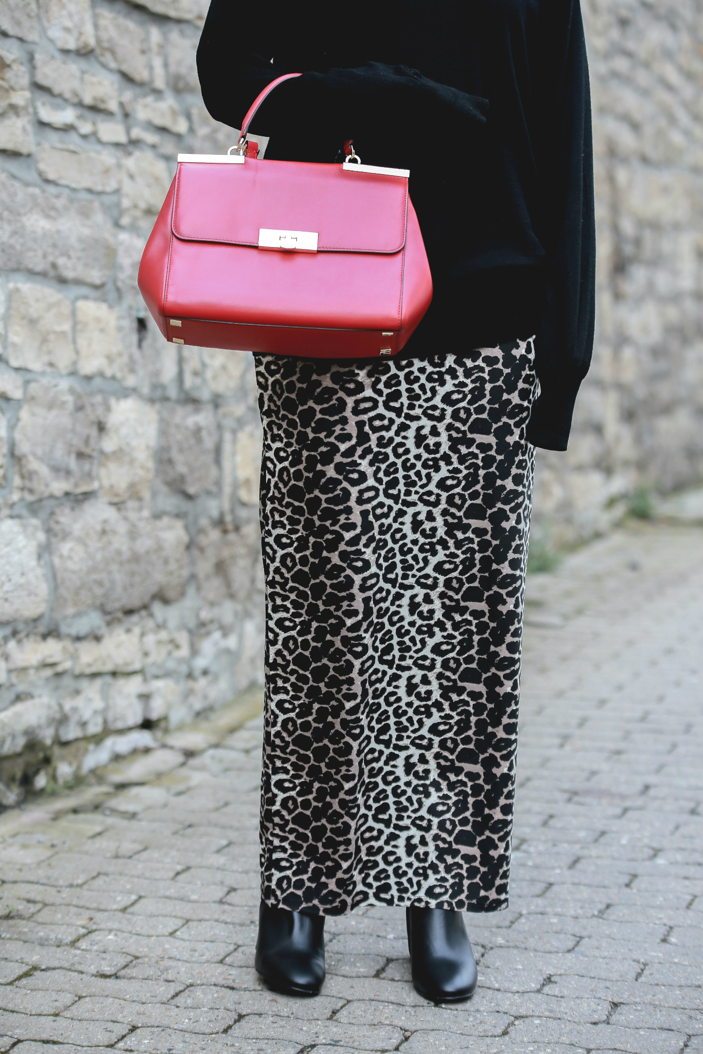 Fashion_Outfit_Red_Leo_Maxiskirt-7