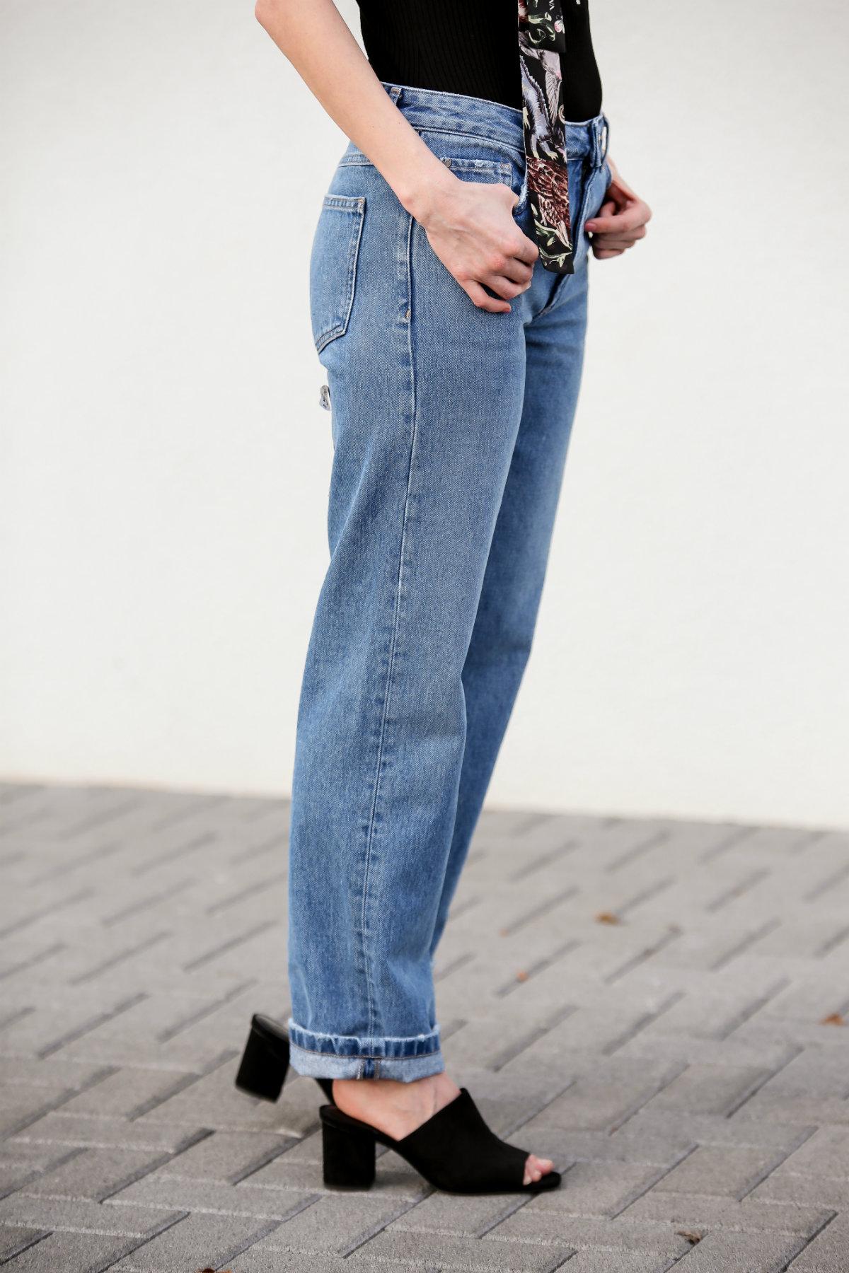 Fashion_Outfit_Zip_Zipper_Body_Valentino_Scarf-5_pixlr