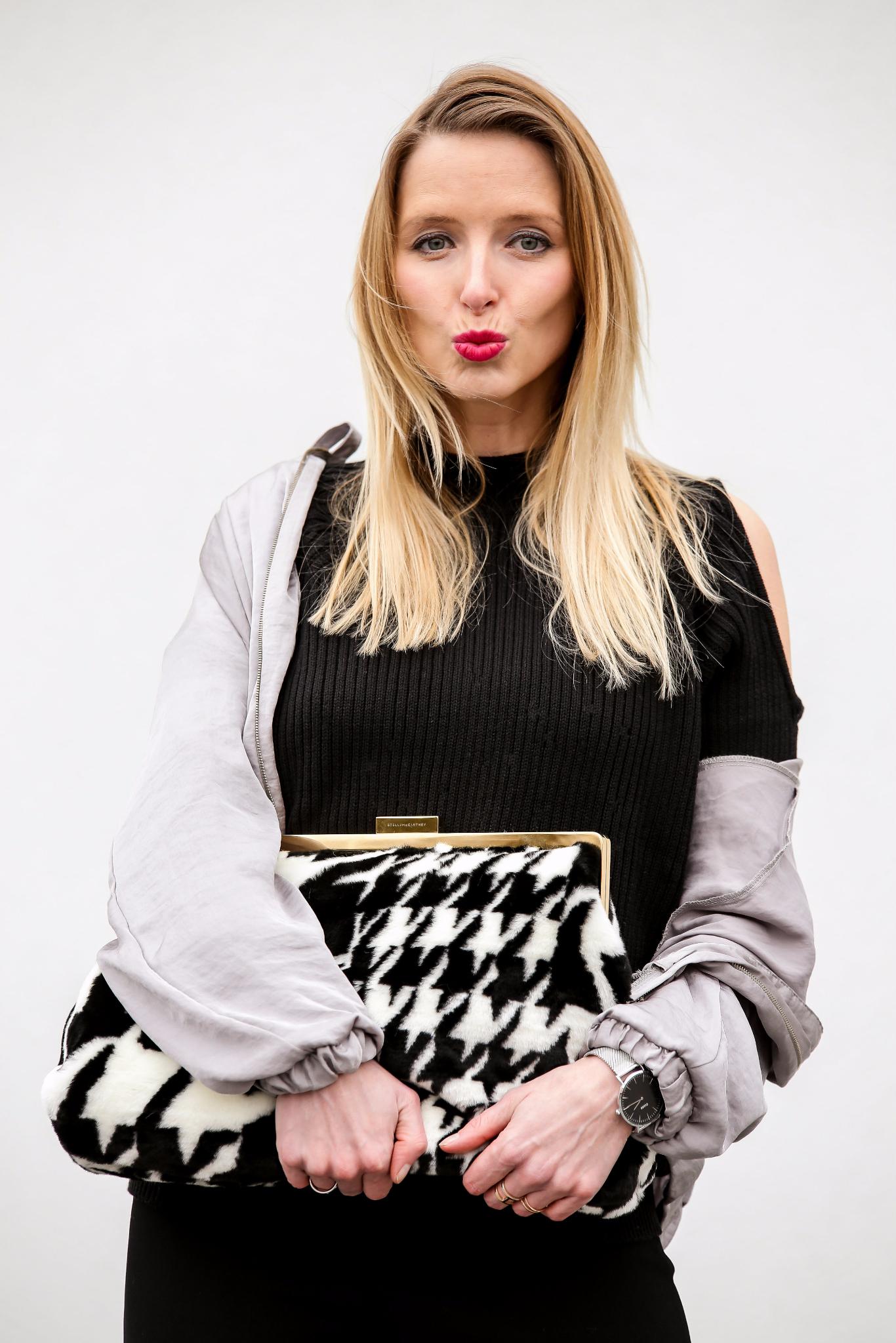Fashion_Outfit_Satin_Bomber_Cold_Shoulder_MOD - by Monique-21_pix