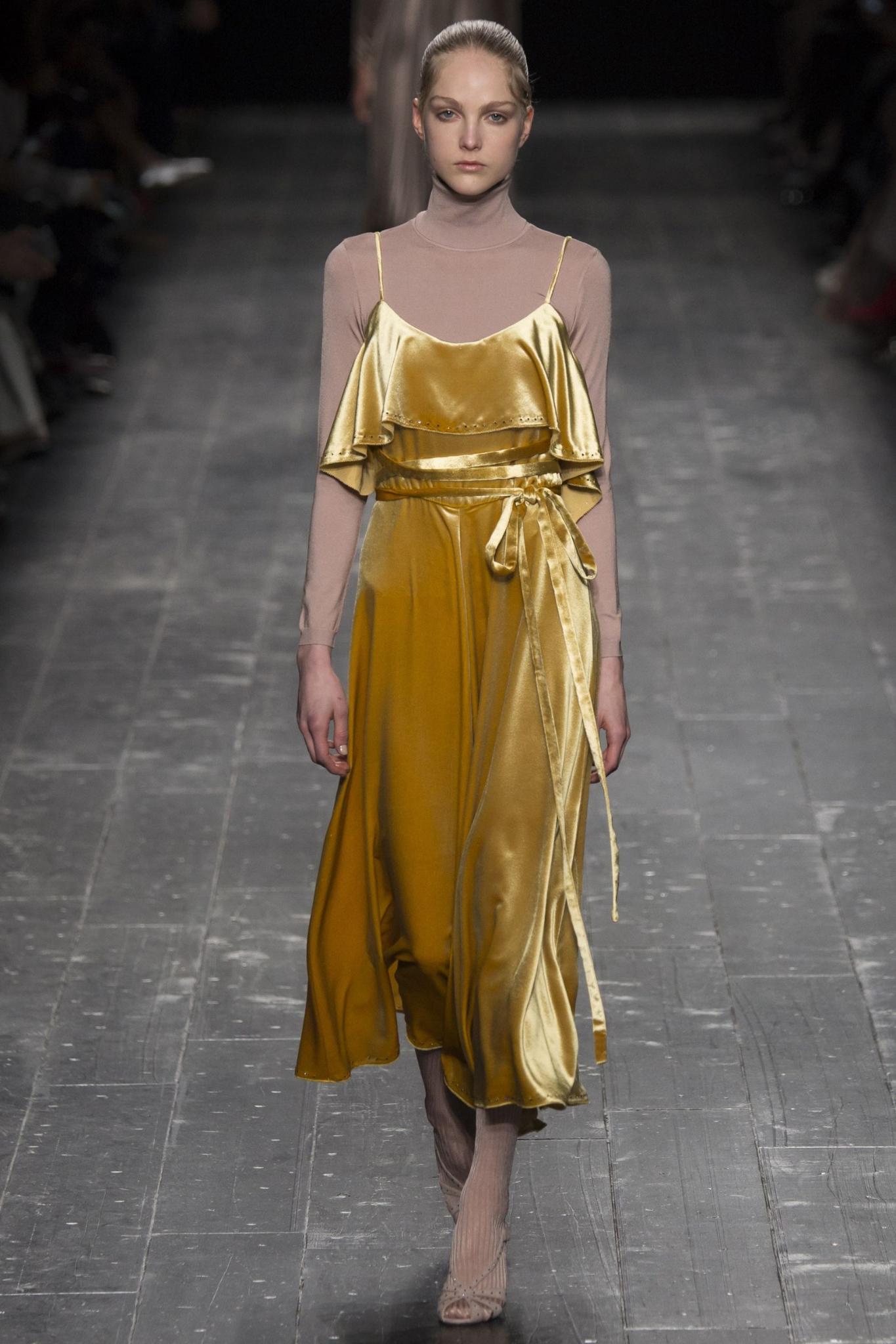 MOD-by-Monique-Fashion-Trend-Velvet-Valentino-1
