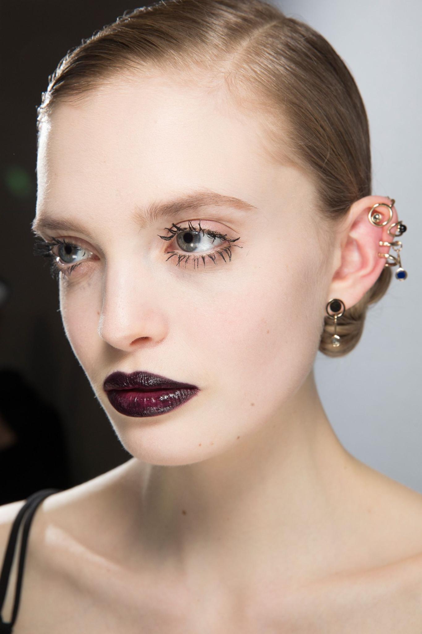 MOD-by-Monique-Fashion-Trends-Velvet-Makeup-2