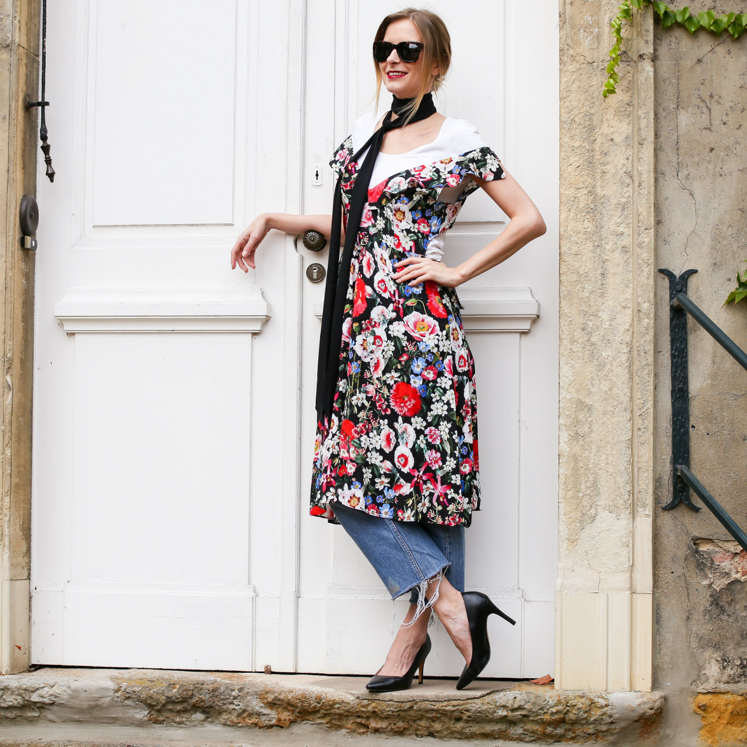 MOD-by-Monique-Looks-Millefleurs-Flower-Power-Dress-22-pix