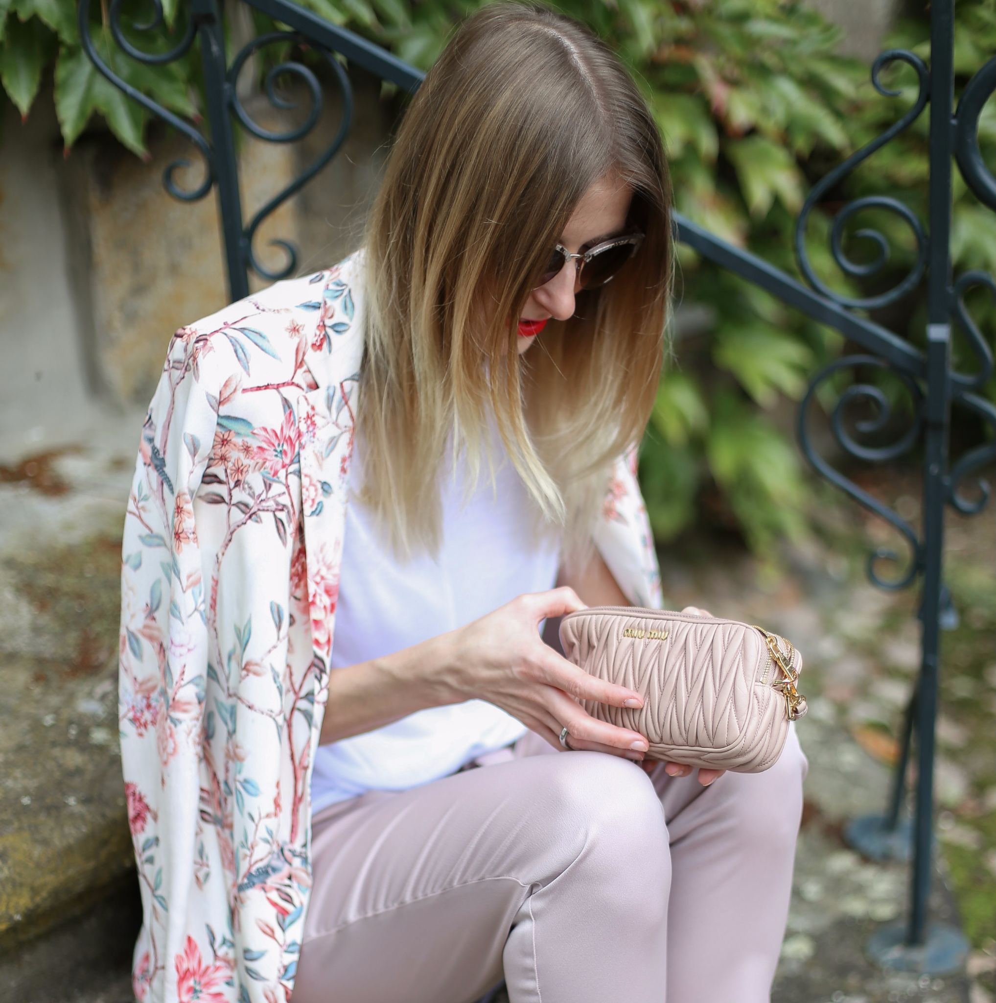 MOD-by-Monique-Looks-Pastel-Flower-Blazer-River-Island-Shoes-15-pix