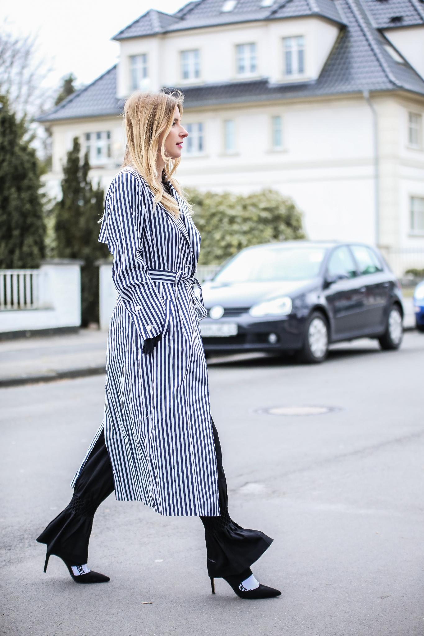 MOD-by-Monique-Fashion-Looks-Striped-Coat-Big-Volants-19