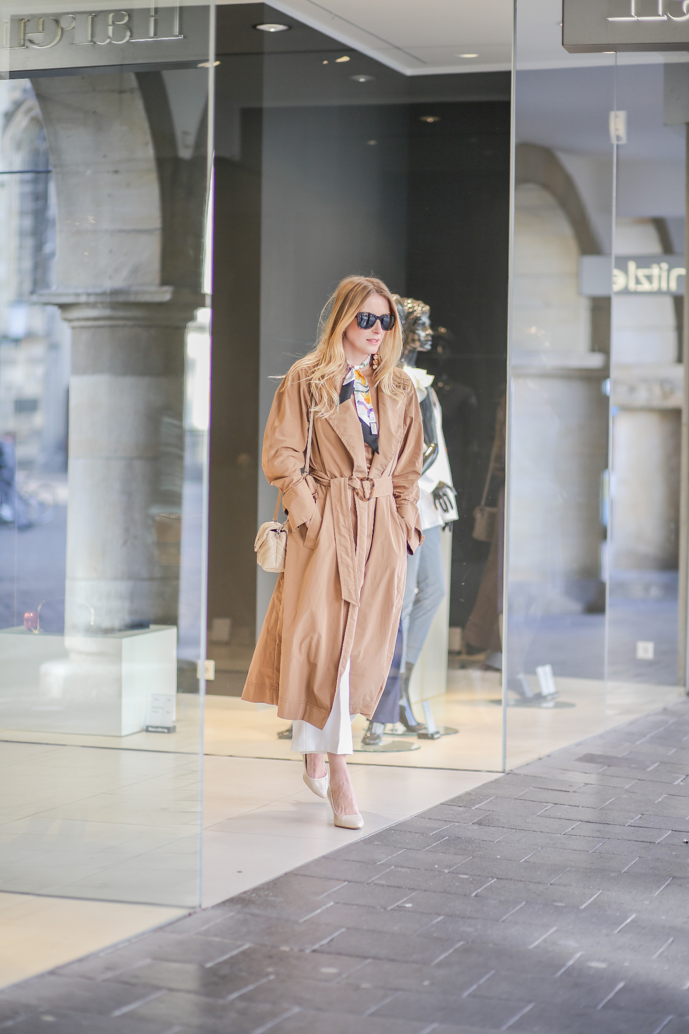 MOD-by-Monique-Fashion-Looks-The-perfect-Trench-8
